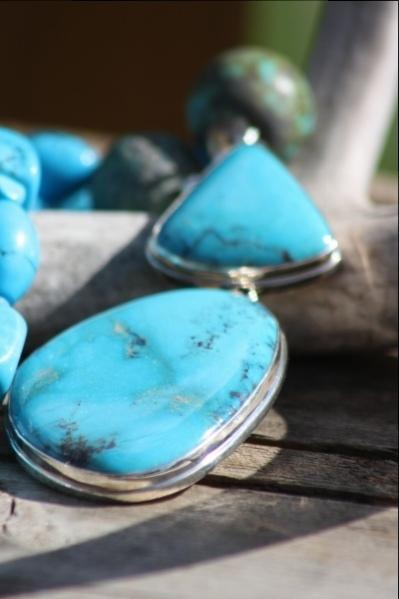 Turquoise/raw turquoise